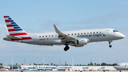 N416YX - American Eagle Embraer ERJ-175 (170-200)