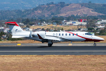 XA-MBT - Private Learjet 75