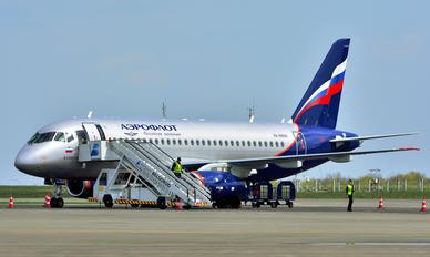 RA-89106 - Aeroflot Sukhoi Superjet 100LR