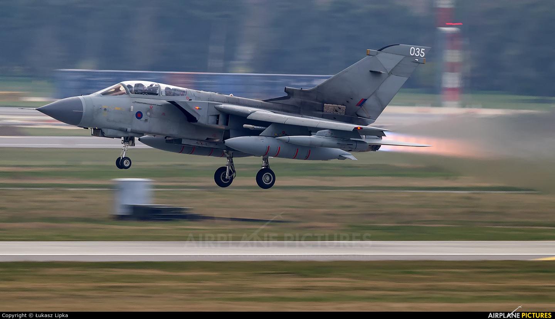 Royal Air Force ZA542 aircraft at Marham
