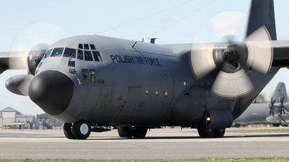 1502 - Poland - Air Force Lockheed C-130E Hercules