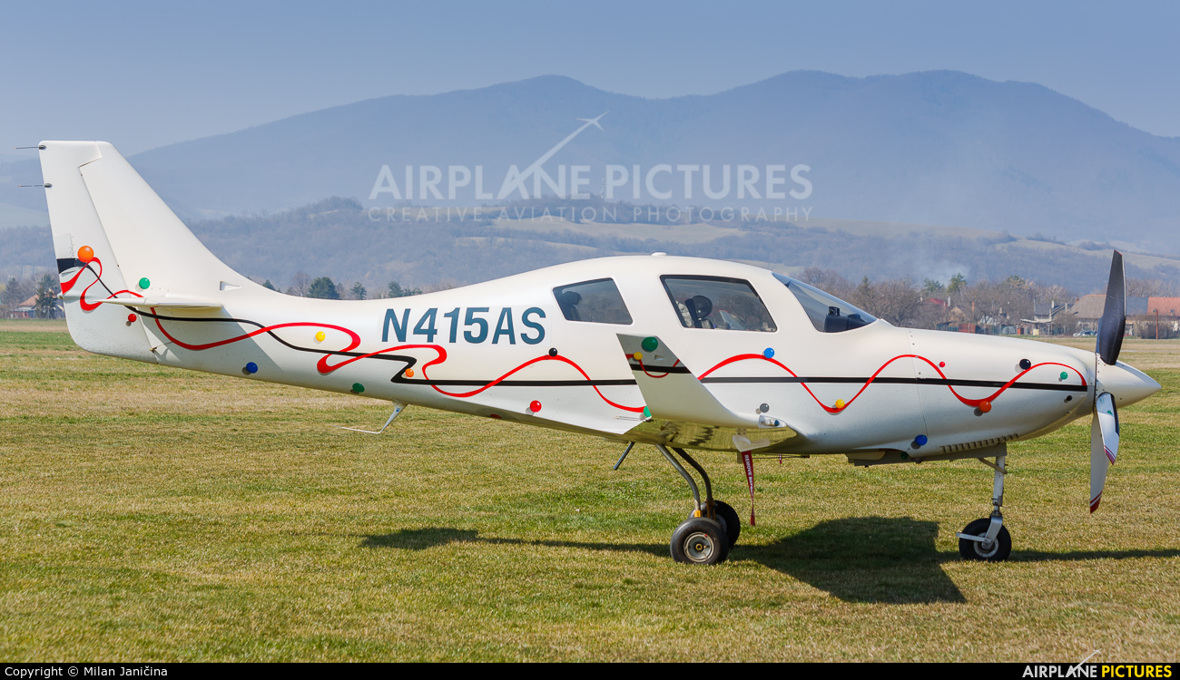 Private N415AS aircraft at Trenčín