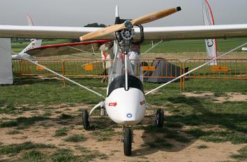 LZ-DAC - Private Aeroplanes DAR Solo