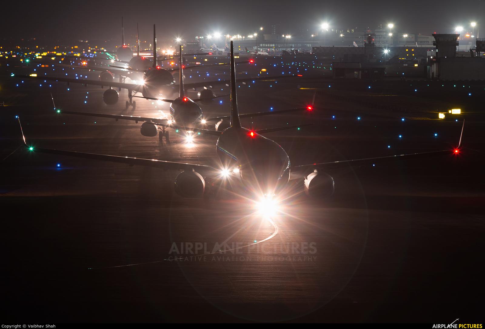Jet Airways VT-JFT aircraft at Mumbai - Chhatrapati Shivaji Intl
