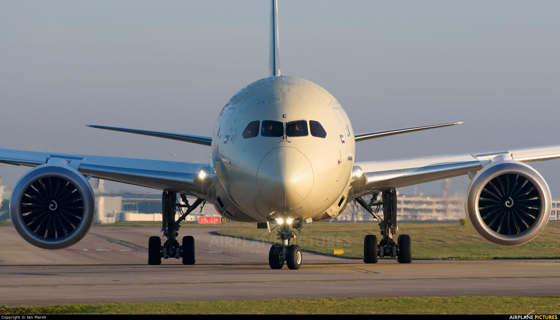 Etihad Airways A6-BME aircraft at Manchester