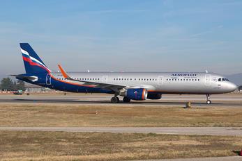 VP-BTK - Aeroflot Airbus A321