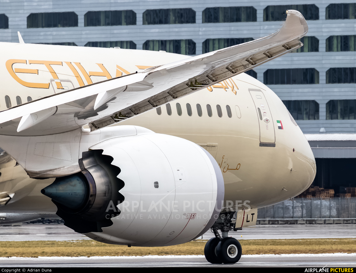 Etihad Airways A6-BLT aircraft at Zurich