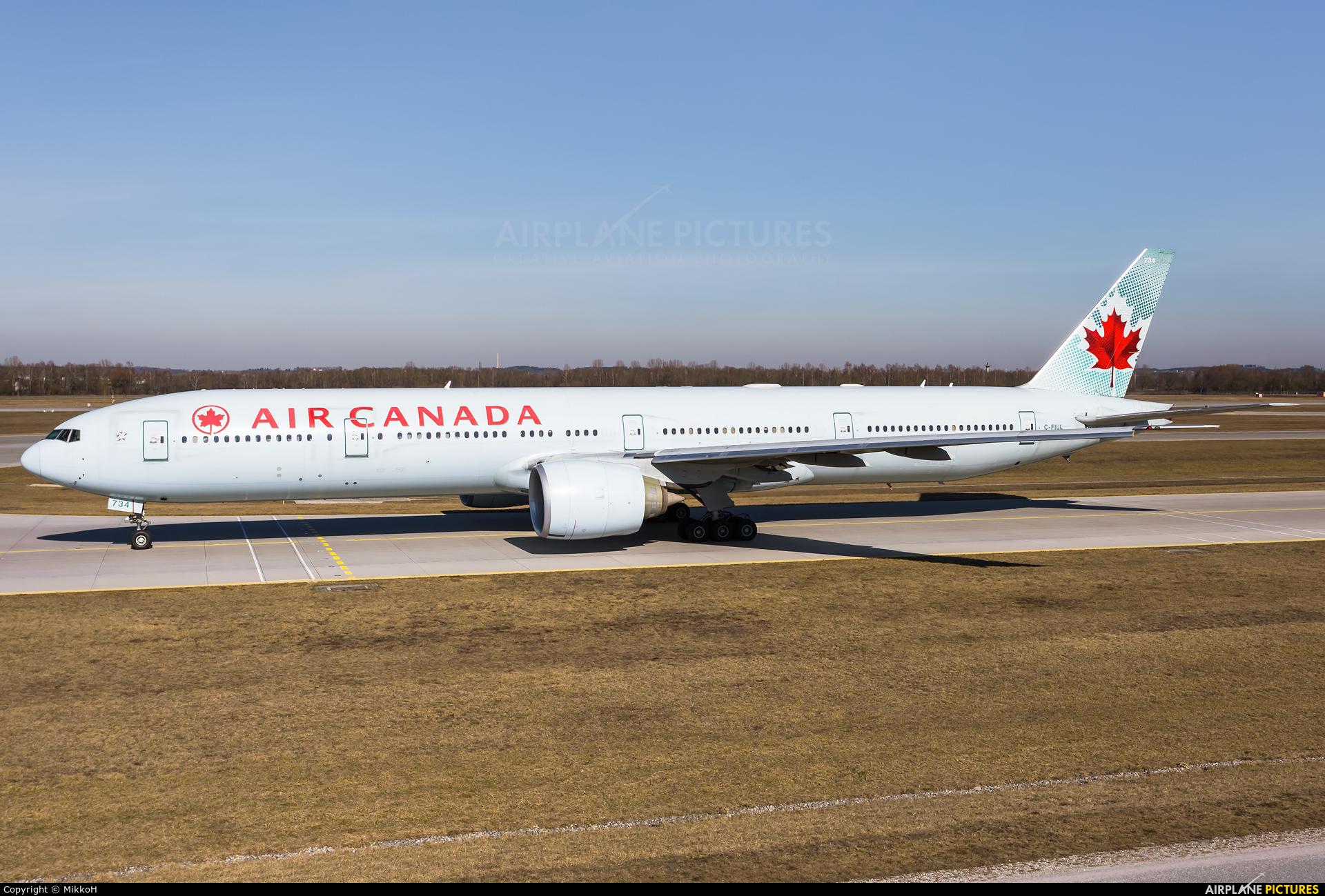 Air Canada C-FIUL aircraft at Munich