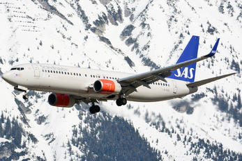 LN-RGD - SAS - Scandinavian Airlines Boeing 737-800