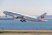 JA703J - JAL - Japan Airlines Boeing 777-200 aircraft