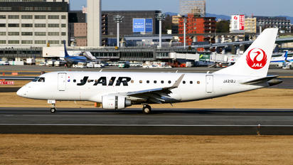 JA212J - J-Air Embraer ERJ-170 (170-100)