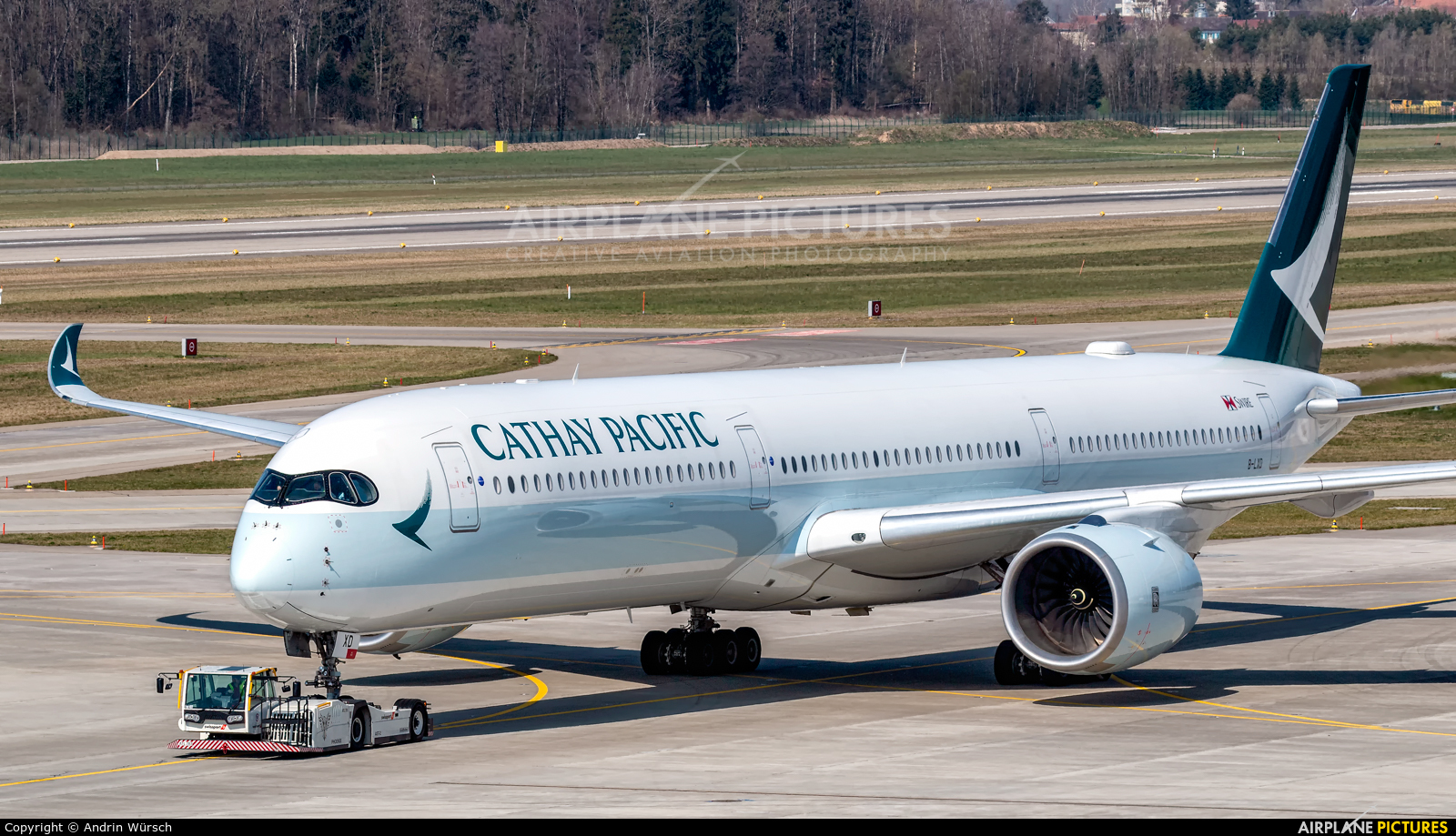 Cathay Pacific B-LXD aircraft at Zurich