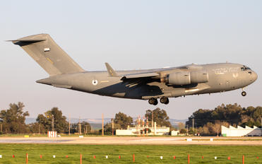 1229 - United Arab Emirates - Air Force Boeing C-17A Globemaster III