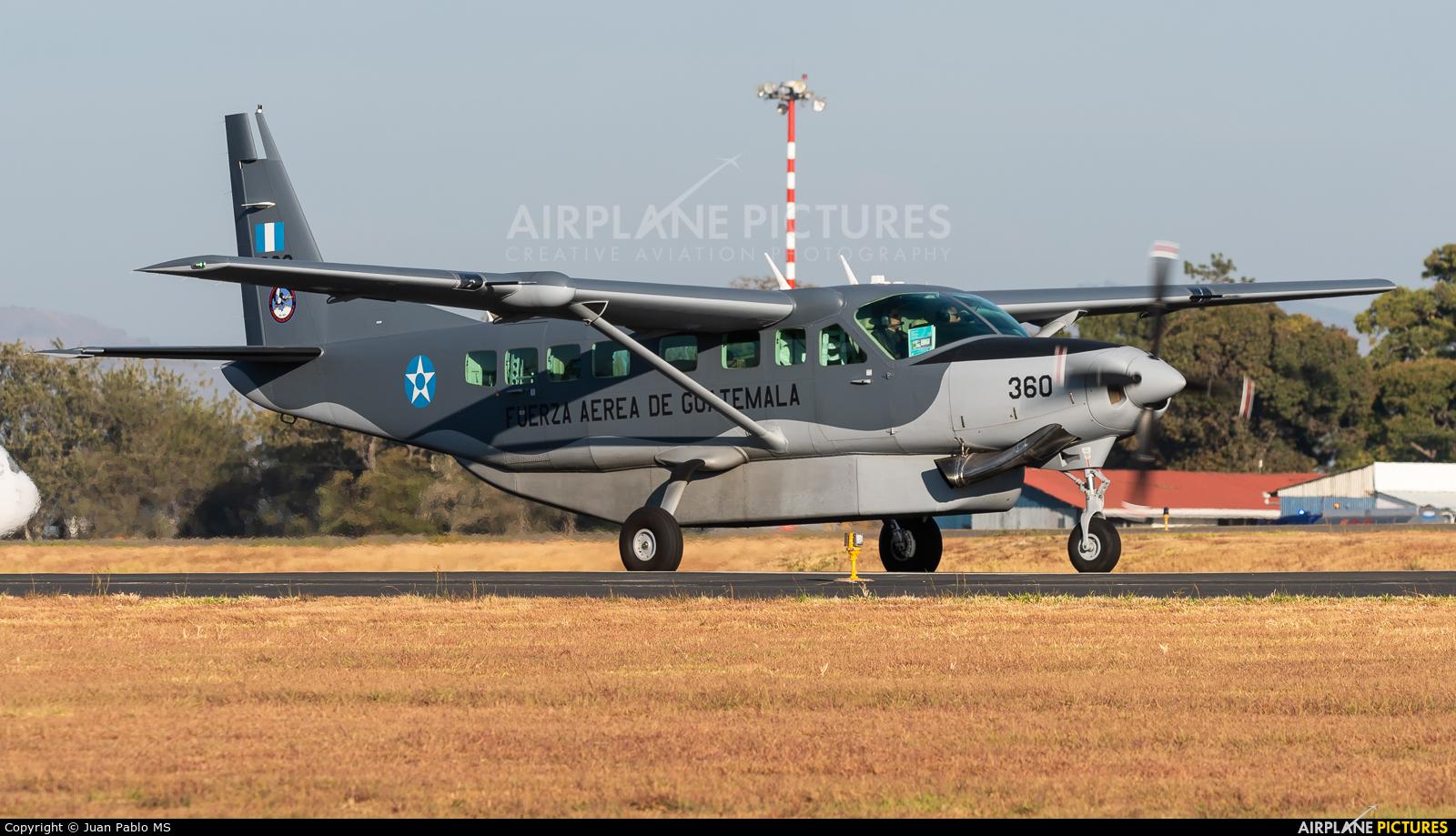Guatemala - Air Force 360 aircraft at San Francisco Intl