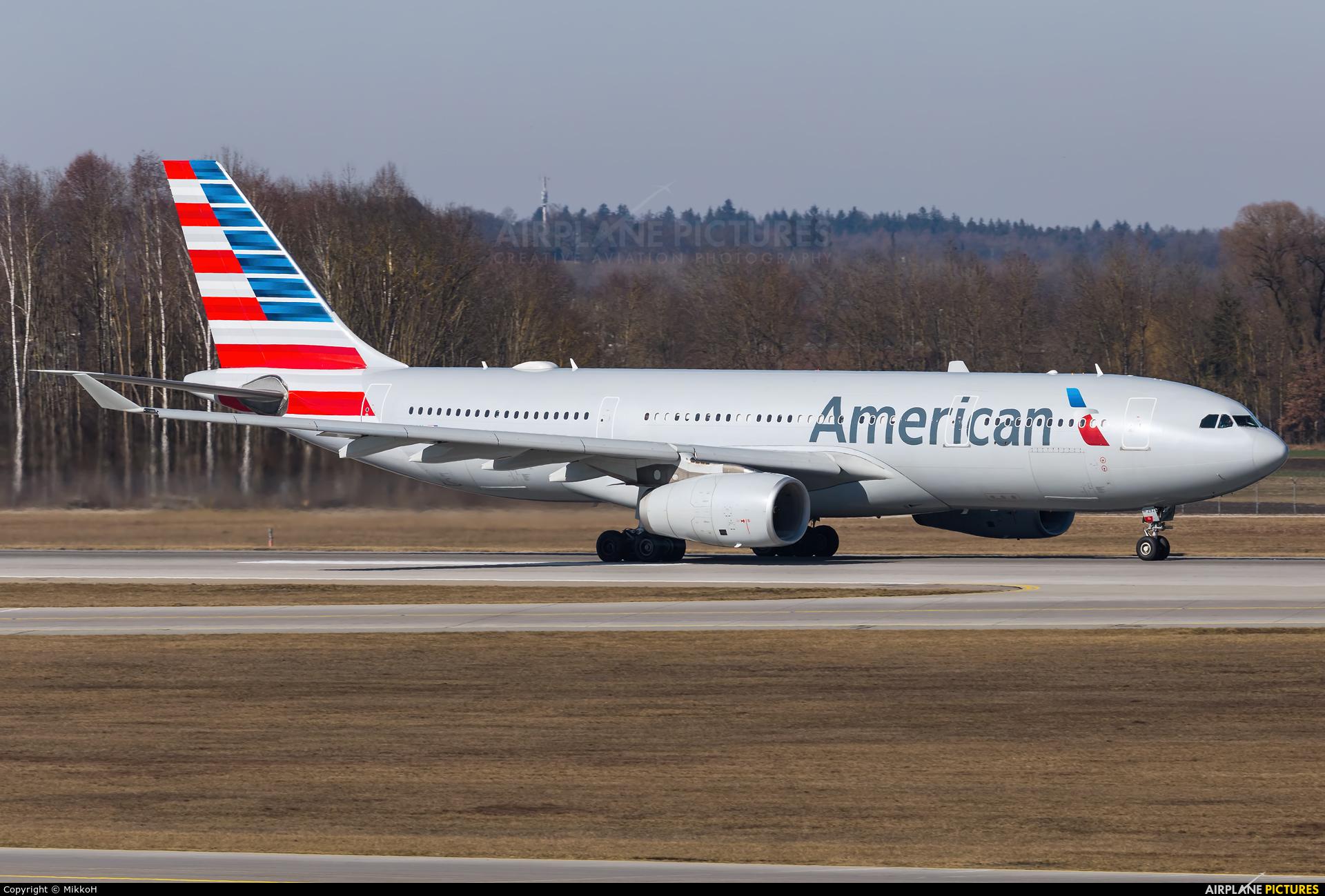 American Airlines N292AY aircraft at Munich