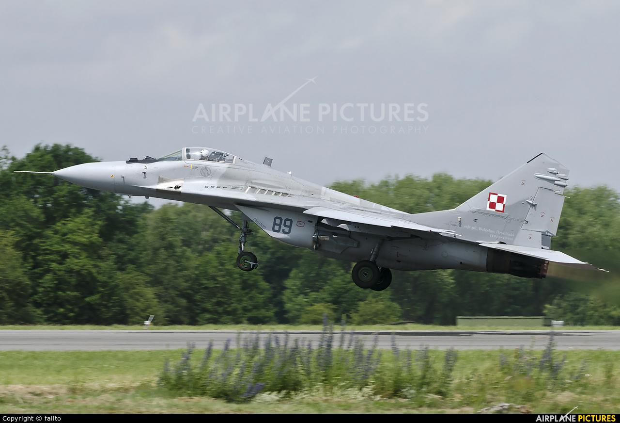 Poland - Air Force 89 aircraft at Florennes