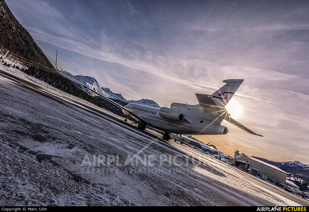 Private HB-JSS aircraft at Samedan - Engadin