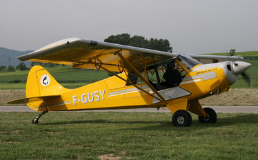 F-GUSY - Private Aviat A-1 Husky