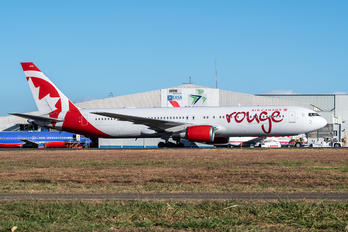 C-GHLA - Air Canada Rouge Boeing 767-300ER