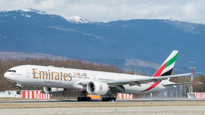 A6-EQH - Emirates Airlines Boeing 777-31H(ER)