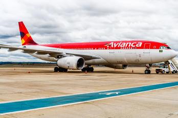 PR-OBS - Avianca Brasil Airbus A330-200