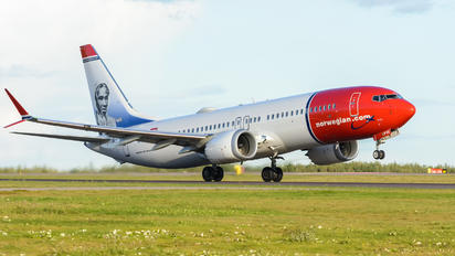 EI-FYE - Norwegian Air Shuttle Boeing 737-8 MAX