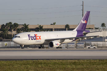 N67OFE - FedEx Federal Express Airbus A300F4-605R