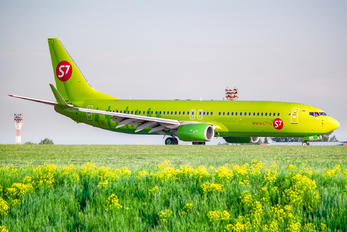 VQ-BRR - S7 Airlines Boeing 737-800