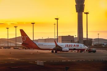 HL8206 - Jeju Air Boeing 737-800