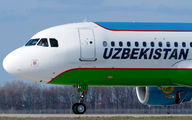 UK32014 - Uzbekistan Airways Airbus A320 aircraft