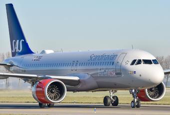 EI-SIH - SAS - Scandinavian Airlines Airbus A320 NEO