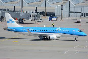 PH-EXX - KLM Cityhopper Embraer ERJ-175 (170-200)
