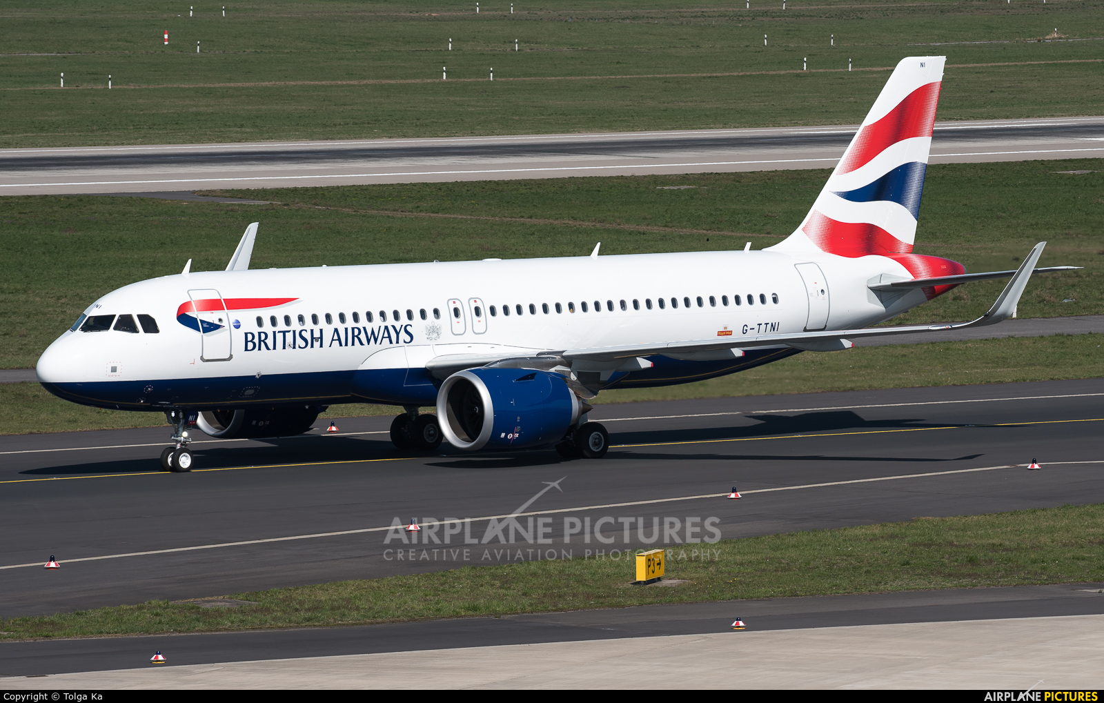 British Airways G-TTNI aircraft at Düsseldorf