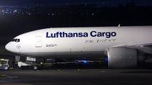 Lufthansa Cargo 777 visited Curitiba title=
