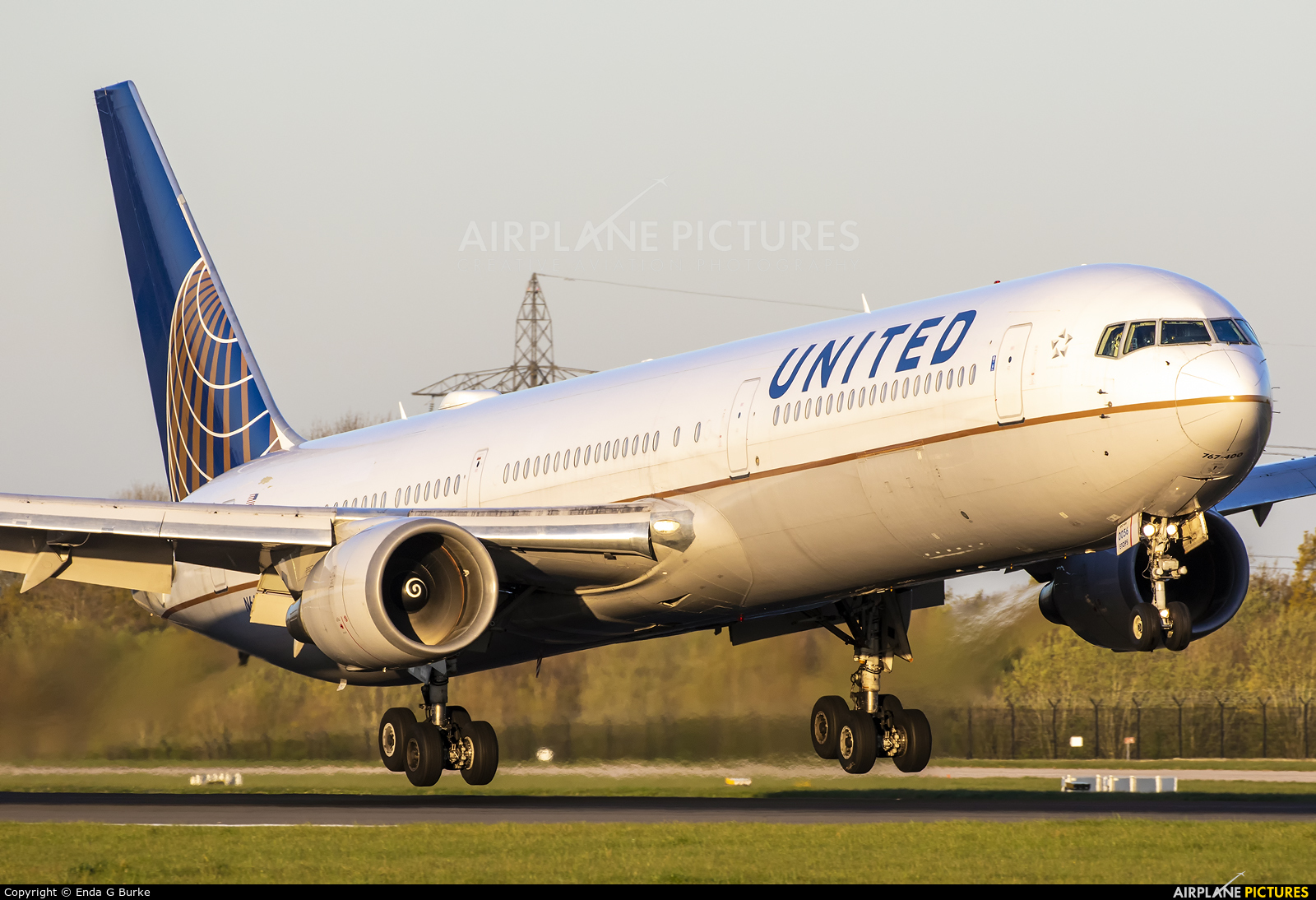 United Airlines N66056 aircraft at Manchester
