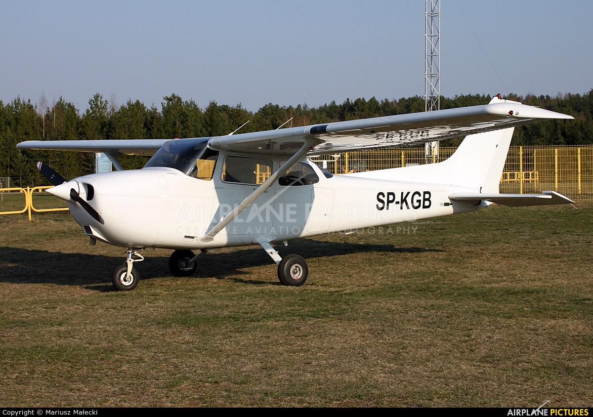 Private SP-KGB aircraft at Olsztyn-Dajtki