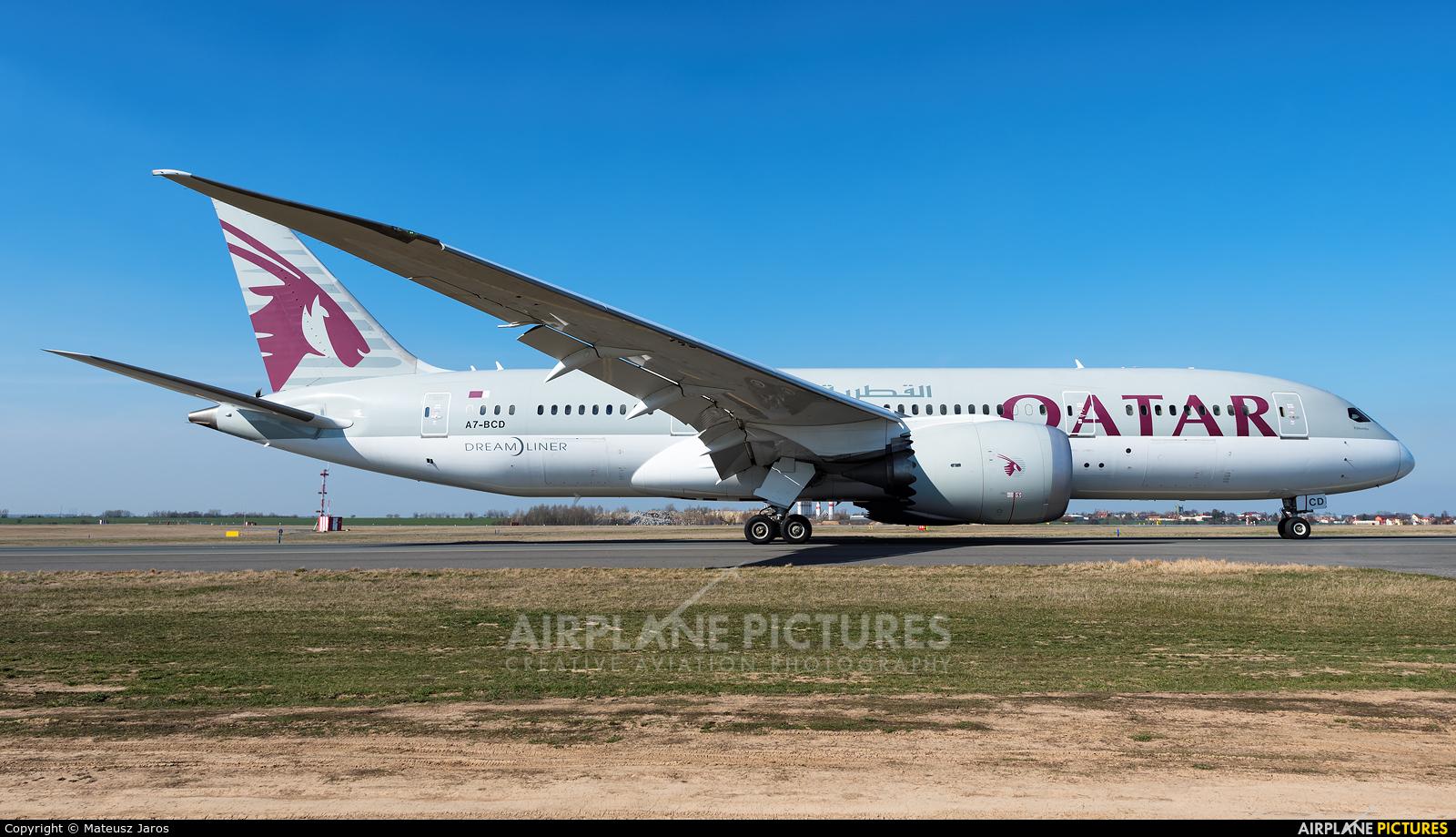 Qatar Airways A7-BCD aircraft at Prague - Václav Havel
