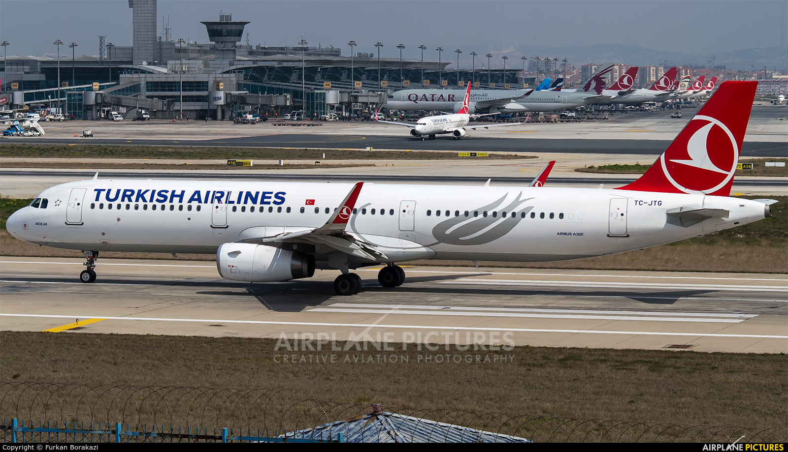 Turkish Airlines TC-JTG aircraft at Istanbul - Ataturk