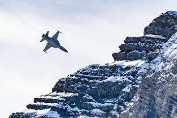 J-30** - Switzerland - Air Force Northrop F-5E Tiger II
