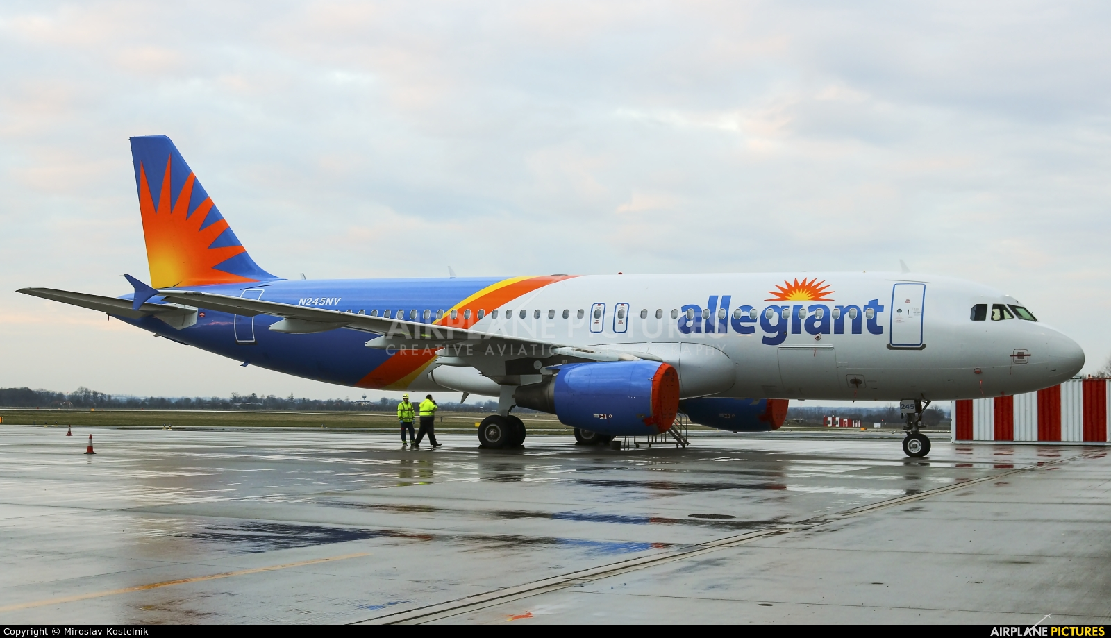 Allegiant Air N245NV aircraft at Ostrava Mošnov