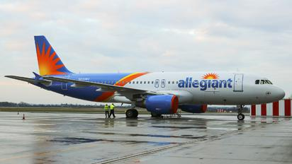 N245NV - Allegiant Air Airbus A320