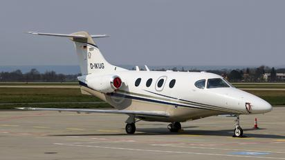 D-IKUG - Private Beechcraft 390 Premier