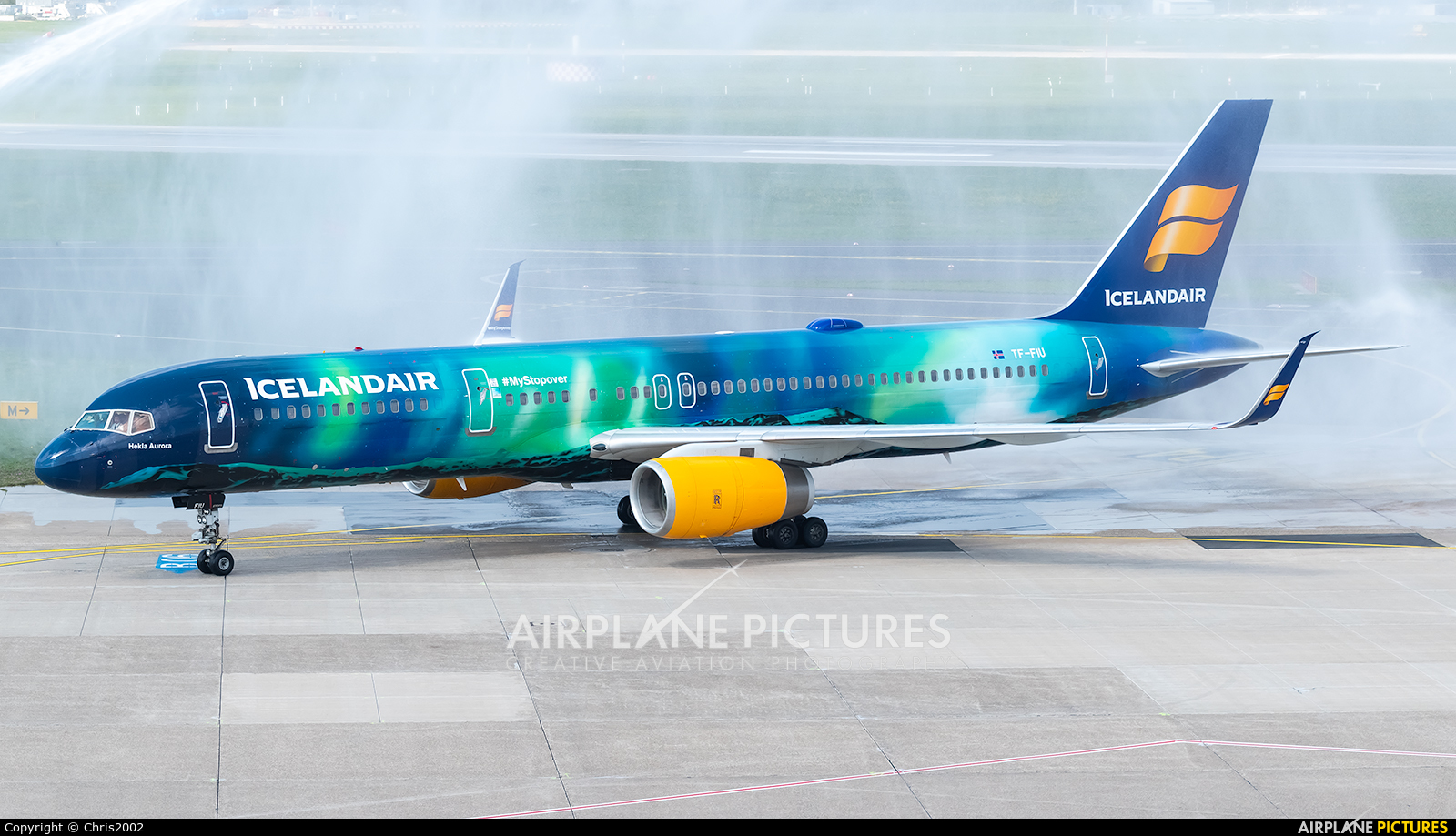 Icelandair TF-FIU aircraft at Düsseldorf