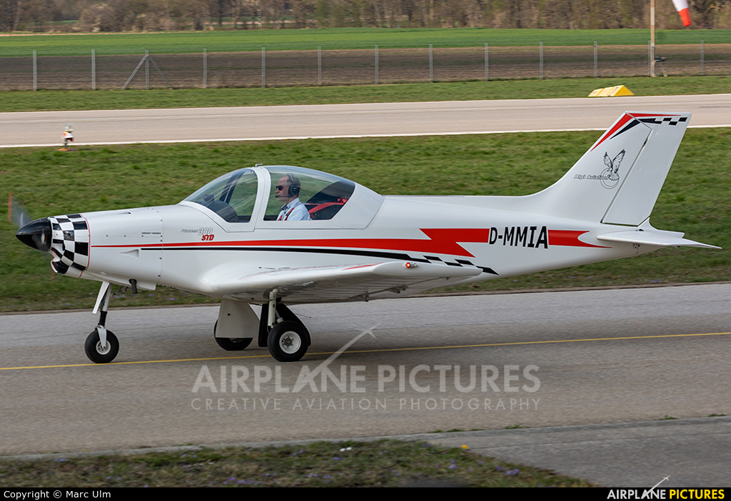 Private D-MMIA aircraft at Augsburg