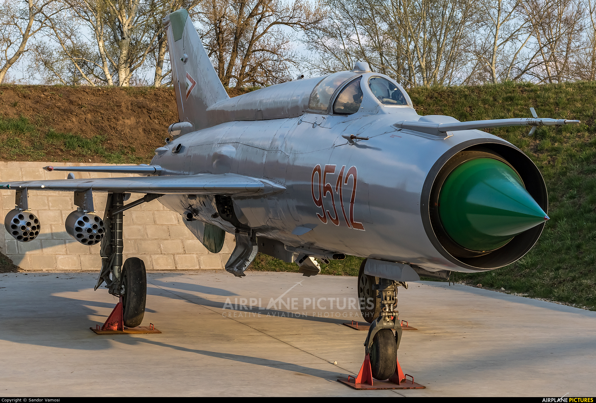 Hungary - Air Force 9512 aircraft at Off Airport - Hungary