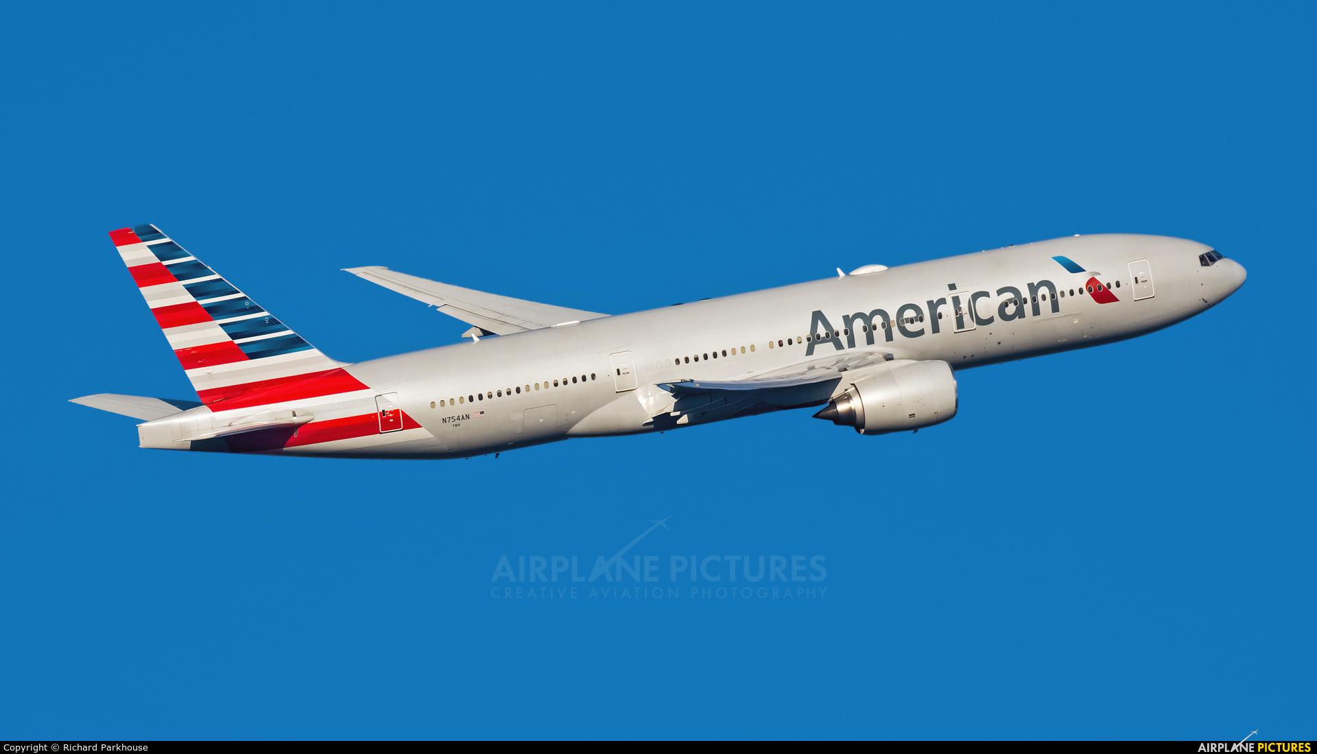 American Airlines N754AN aircraft at London - Heathrow
