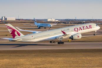 A7-AMI - Qatar Airways Airbus A350-900