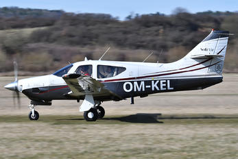 OM-KEL - Private Rockwell Commander 112