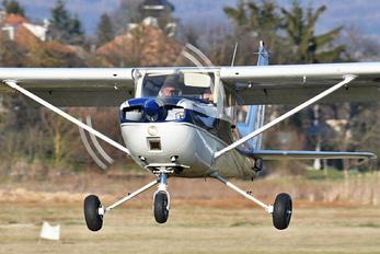 OM-ACC - Private Cessna 150