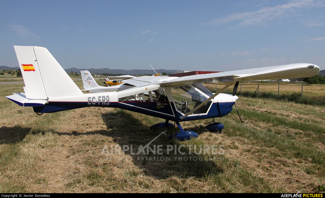 Private EC-FR9 aircraft at Igualada - Odena
